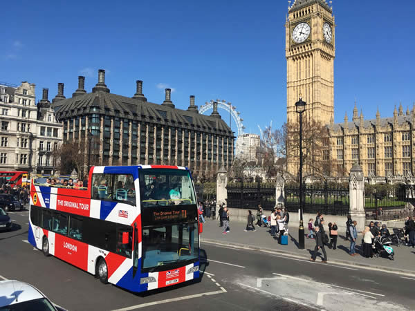 question about London hotel, business, and fun and games Original_london_tour_bus