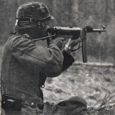 Subfusil MP40 (alemania) 09-mp-40-in-action