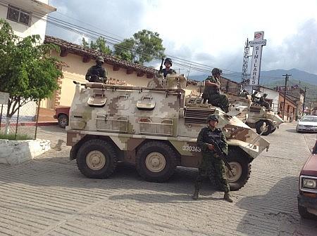 Ejercito Mexicano renueva flota de Humvees 02/04/2014 - Página 5 La-foto-2-450x336