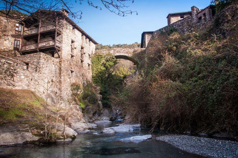 Pueblos con magia y encanto. - Página 2 Beget-Camprodon-Girona-12