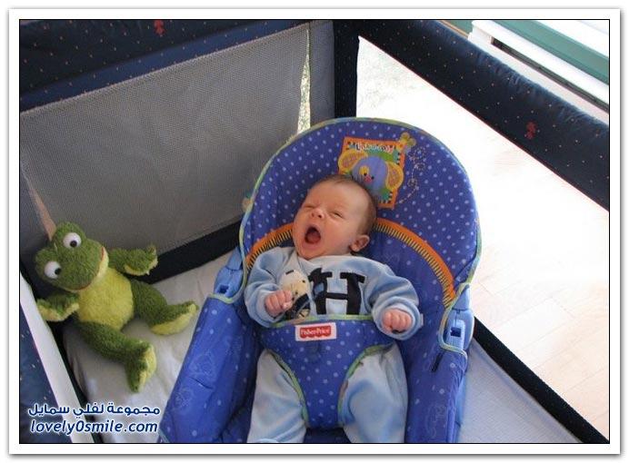 صور لتثائب الأطفال Babies-yawn-16