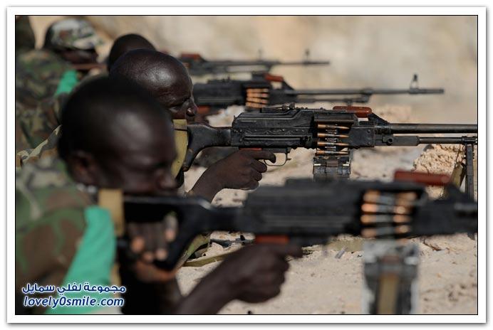 صور القتال من أجل السيطرة على الصومال Fighting-Somalia-07