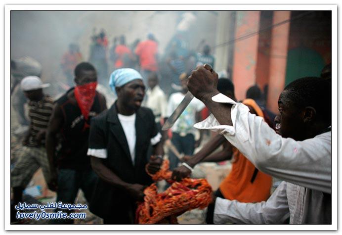 صور من آثار زلزال هايتي Haiti-2010-27