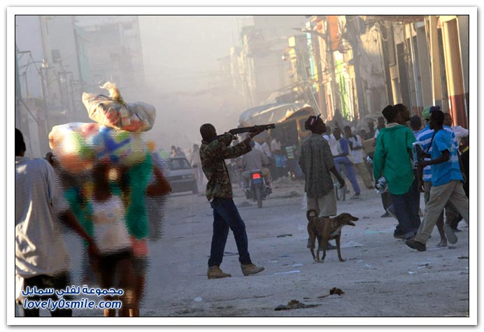 صور من آثار زلزال هايتي Haiti-2010-28