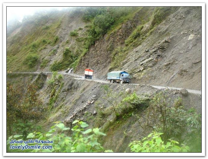صور أخطر طريق في العالم Most-dangerous-road-10