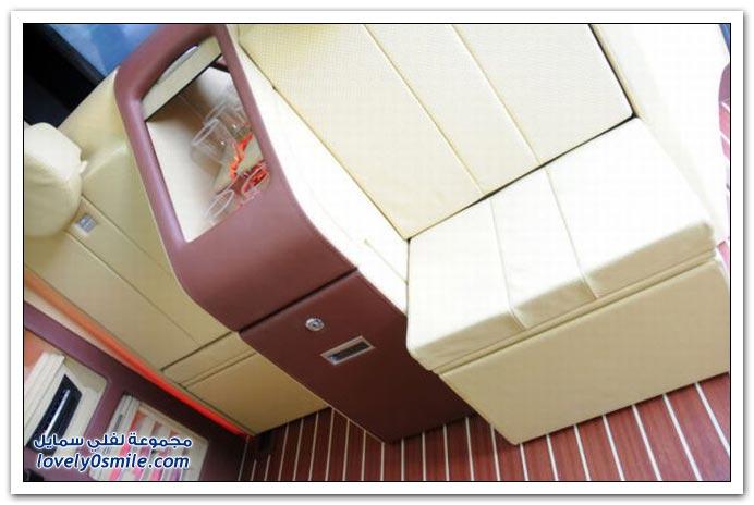 صور: تصميم رائع لمكتب داخل سيارة مرسيدس بنز BrabusMercedes-03
