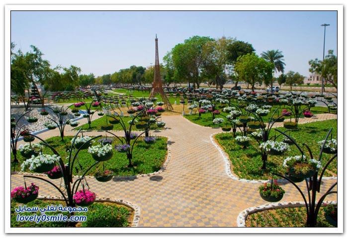 حديقة العين بارادايس في الإمارات التي دخلت موسوعة غينيس Hanging_flowers_24