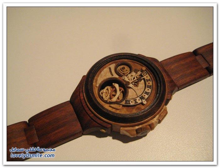 ساعة منحوتة من الخشب Clock-carved-from-wood-02
