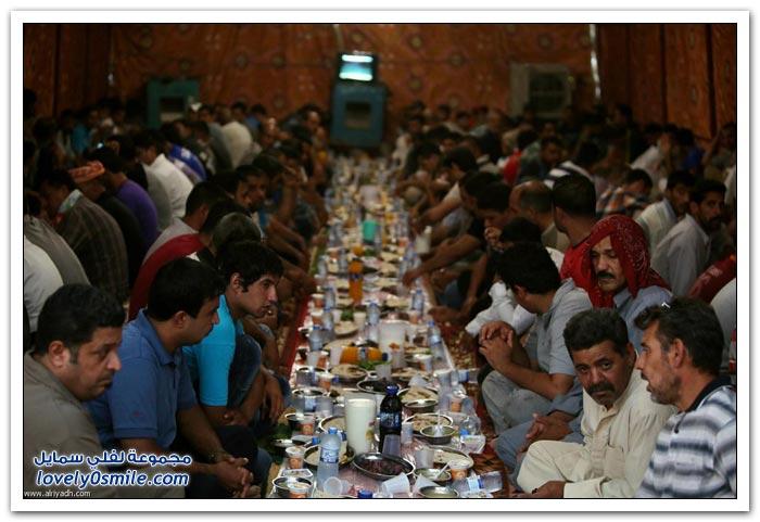 الفطور الجماعي في رمضان في بعض دول العالم Collective-breakfast-in-Ramadan-01