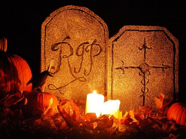 Halloween pictures - Page 7 41621-Graveyard-Craft
