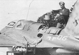 Messerschmitt Me 163 Me163-11