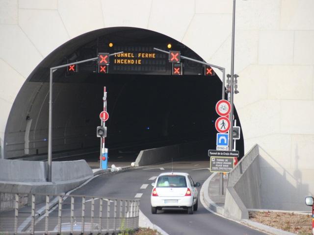 Kiosque : LyonMag, à une semaine du premier tour des élections municipales ! Tunnel-x-rousse-incendie