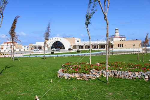 حصرياً....صور لدرة مدينة سرت الليبية قرية الضيافة D295rh2l9d1