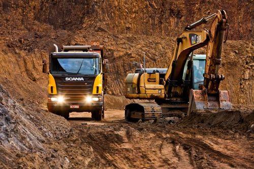 scania mezzo d'opera cava cantiere Centro-5