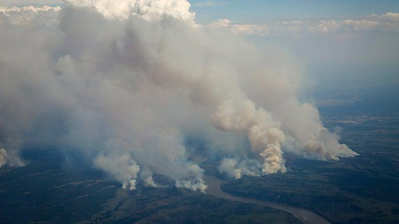 Apocalípticas imágenes del gran incendio de Alberta, Canadá MAC21_FORTMAC_AERIAL_AMANDA_POST01