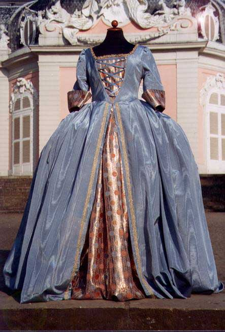 Robes du XVIIIe siècle 1750a