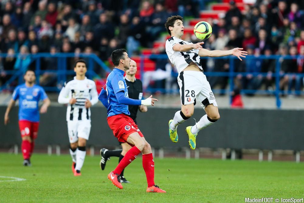 Reprise - Matchs Amicaux 2017/2018 - Page 4 Yoann-gourcuff---julien-feret-21-02-2016-caen---rennes-27e-journee-de-ligue-1-20160221195617-4305