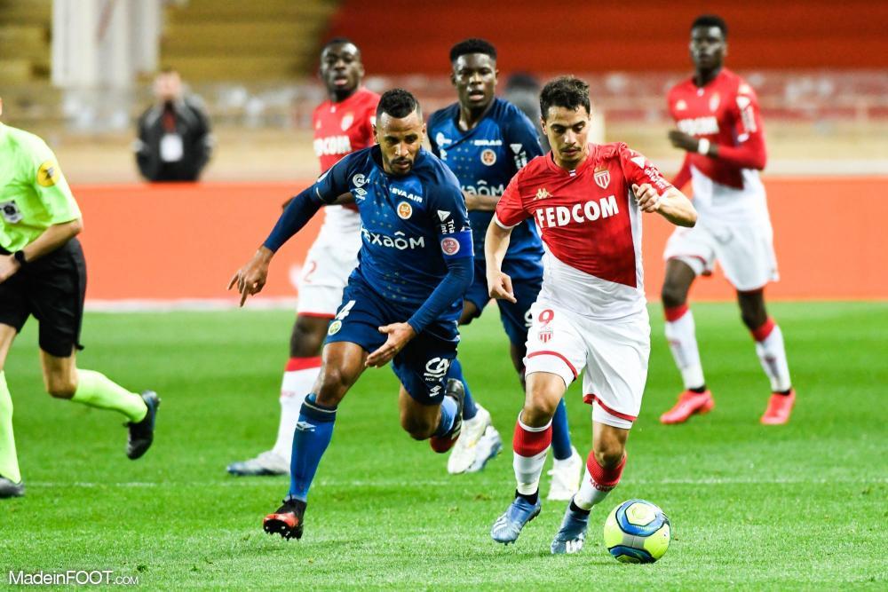 Championnat de France de football LIGUE 1 2018-2019-2020 - Page 40 L1-20200229213537-4245