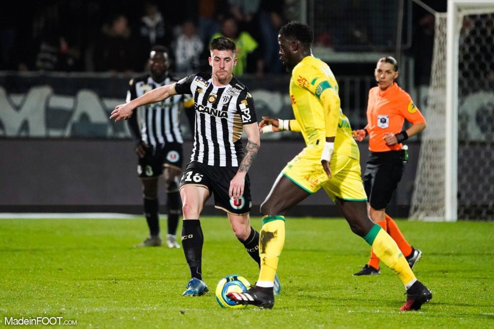 Championnat de France de football LIGUE 1 2018-2019-2020 - Page 40 L1-20200307214259-6512