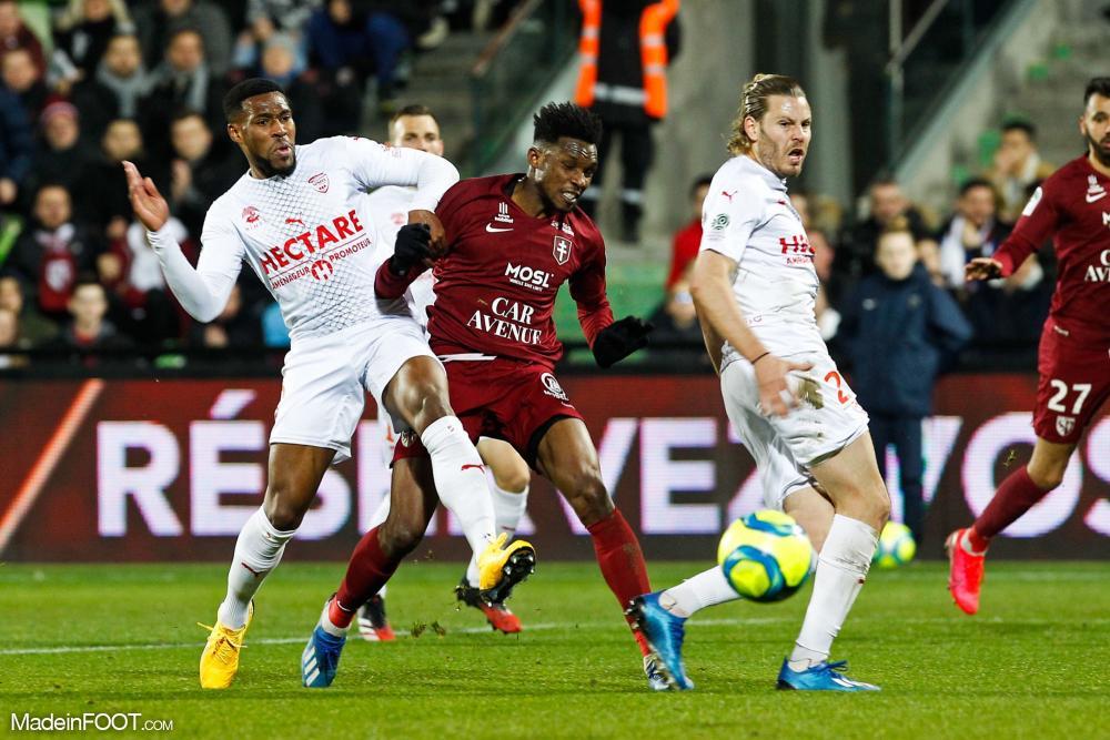 Championnat de France de football LIGUE 1 2018-2019-2020 - Page 40 L1-20200307214506-8205