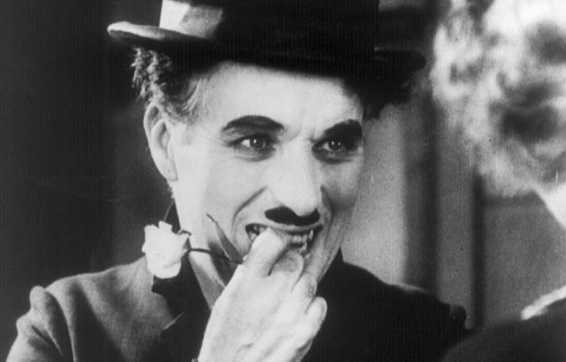 Cinéma classique Américain ( années 30, 40 et 50 ) Les-lumi%C3%A8res-de-la-ville-charlie-chaplin