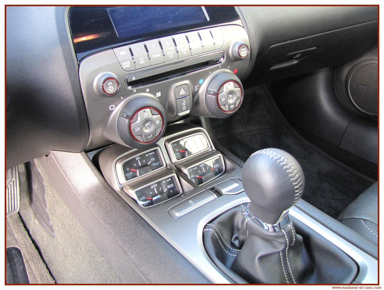 LA remplaçante de la GTD en 2013 - Page 5 Chevrolet-camaro-ss-2011-43