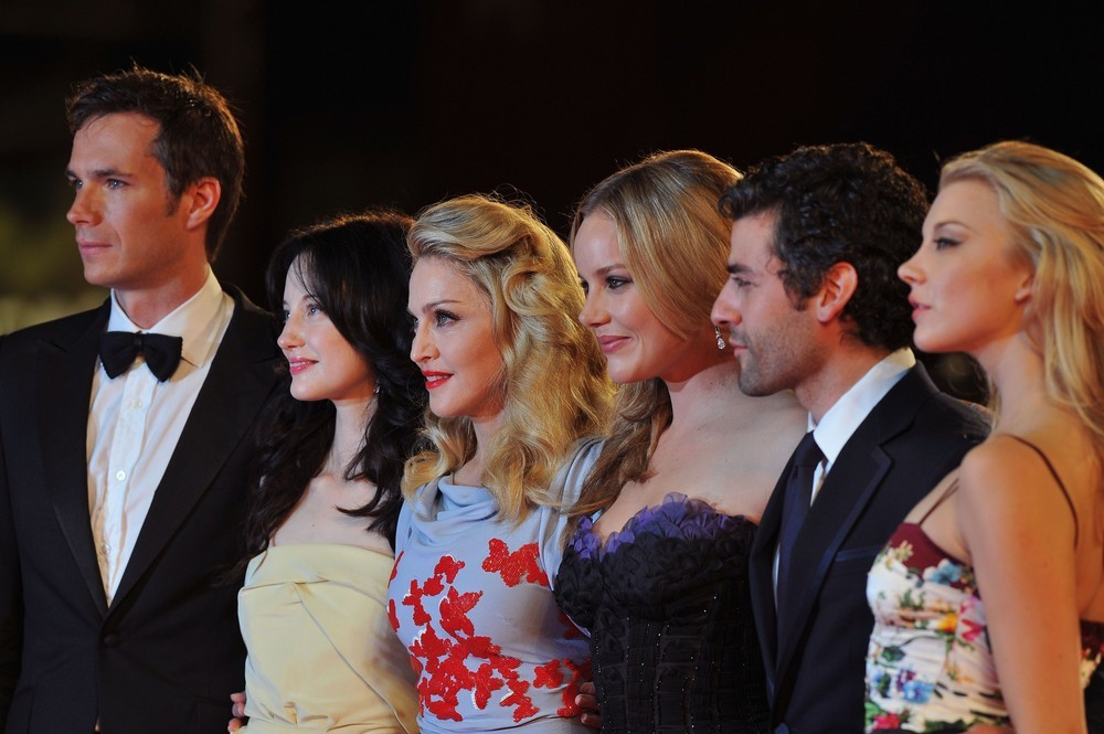 Película >> 'W.E.'  (Directora)  - Página 3 20110901-pictures-madonna-venice-we-world-premiere-red-carpet-18