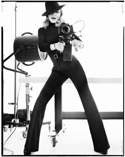 Photoshoots 2012 >> Portada de Vanity Fair Italia - Página 3 20111110-pictures-madonna-cover-harpers-bazaar-unseen-01