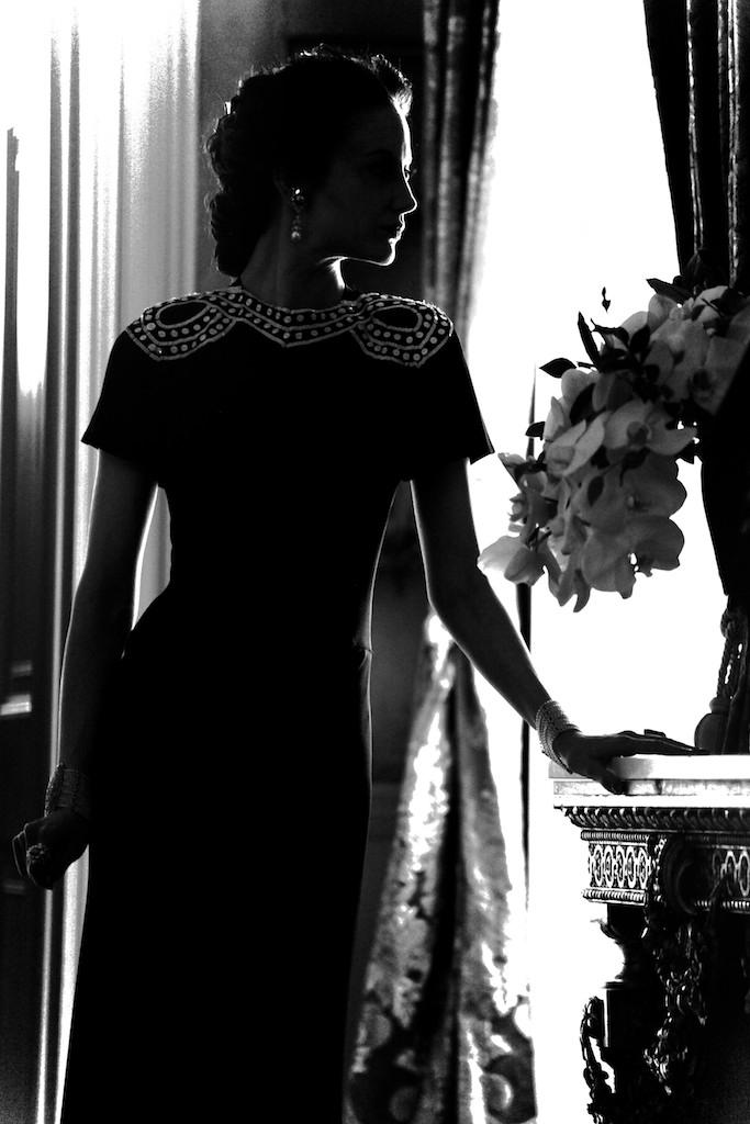 Película >> 'W.E.'  (Directora)  - Página 4 20111121-news-madonna-we-anthony-souza-exhibition-the-little-black-gallery-02