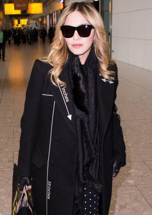 Madonna    20160407-pictures-madonna-out-and-about-london-03-500x705
