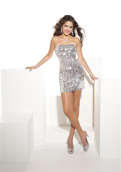 Vreme je za novogodišnji stajling Novogodisnje-haljine-2011-12