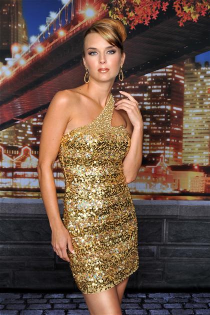 Vreme je za novogodišnji stajling Novogodisnje-haljine-2011