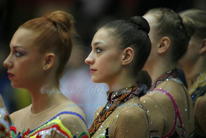 ¿Cuáles son las gimnastas mas bonitas? - Página 2 Kiev7135