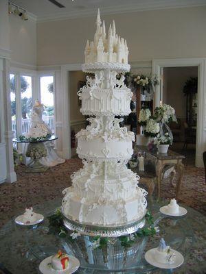 Disney se lance dans la robe de mariée - Page 5 155_5529