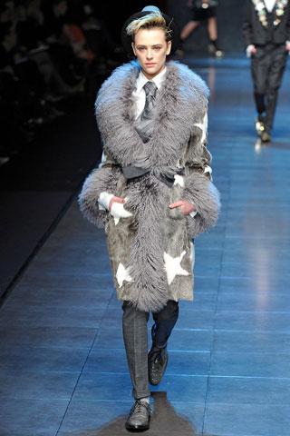 Модная верхняя одежда сезона осень-зима 2011-2012 50865283