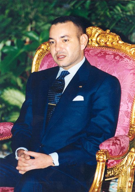 الملك محمد السادس و التواضع بالصور 20_15970_1107191379