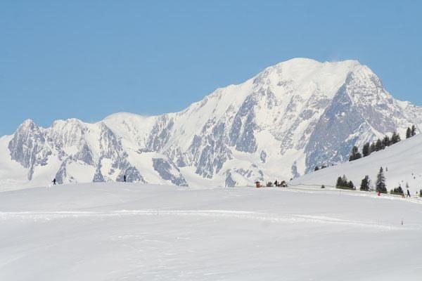 سحر الشتاء والثلج في مدينة لا بلاني الخيالية  778_211383_1290804746