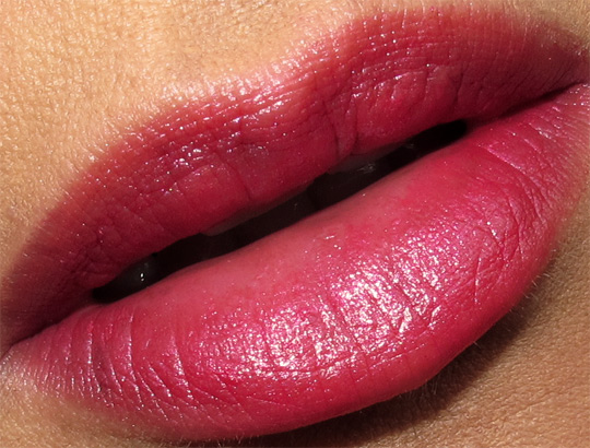 Lipstick - Page 2 Chanel-cote-d-azur-collection-taffetas-rose-rouge-coco-lip-swatch-review-photos