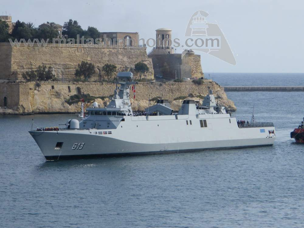 Royal Moroccan Navy Sigma class frigates / Frégates marocaines multimissions Sigma - Page 20 913%20tarik%20ben%20ziyad%20e-gh%20isla%20i%20-%2020.04.2015