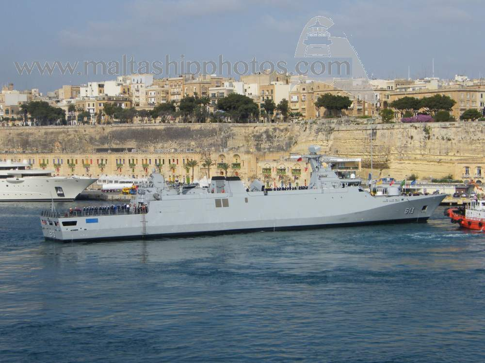 Royal Moroccan Navy Sigma class frigates / Frégates marocaines multimissions Sigma - Page 20 913%20tarik%20ben%20ziyad%20e-gh%20isla%20x%20-%2020.04.2015