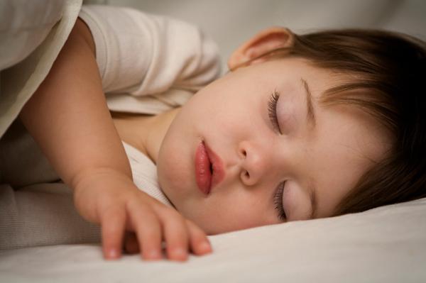 أسوأ 10 منتجات حديثة في العصر الحالي .. احذروها Sleeping-baby1
