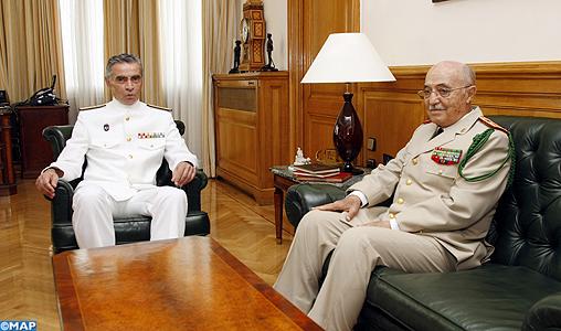 Coopération militaire maroco-espagnole - Page 2 Visite-du-general-de-Corps-d-Armee-Abdelaziz-Bennani-en-espagne-M2