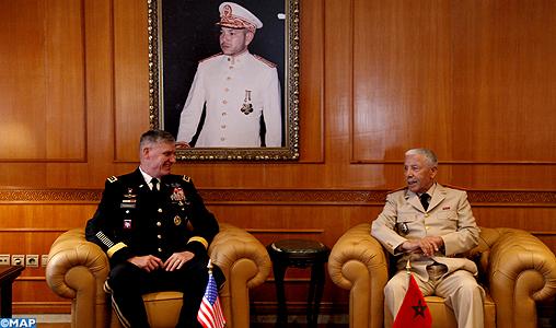 Cooperation militaire avec les USA - Page 3 Le-general-bouchaib-arroub-recoit-le-commandant-de-l-AFRICOM-M1