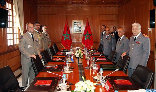 Coopération militaire Maroco - Française  - Page 2 Bouchaib-Arroub-le-G%C3%A9n%C3%A9ral-dArm%C3%A9e-Chef-dEtat-Major-des-Arm%C3%A9es-Fran%C3%A7aise_M