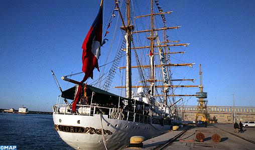 Navires en visite au Maroc - Page 10 Bateau-colombien-gloria-M