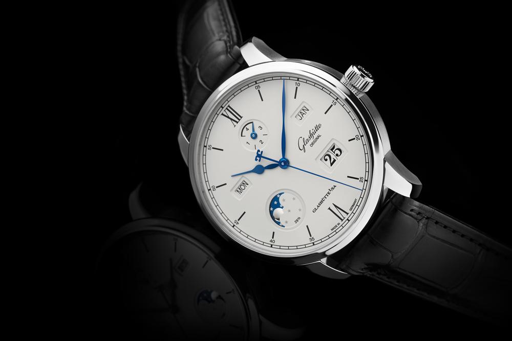 Basel 2017 1-36-02-01-02-30_senator-excellence-pc_steel_dial-white_ls_pr1_25cm