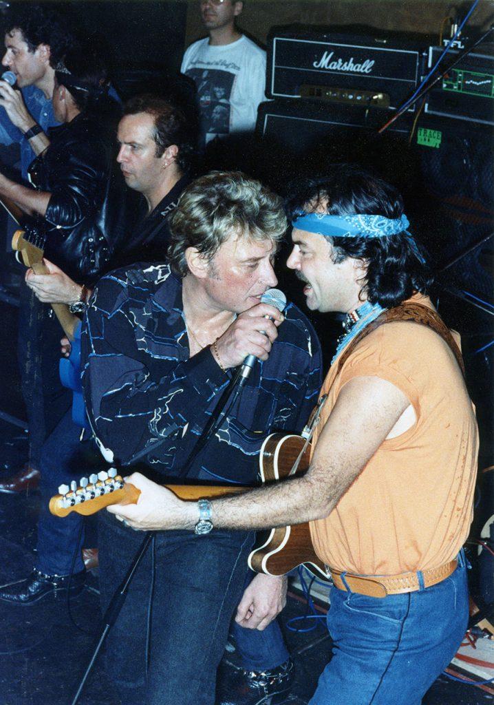 Livre : Les guitaristes de Johnny  13-5-718x1024