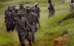 الجيش الاوغندي  300px-Ugandans_march