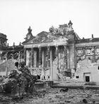 أحداث شهر أبريل 140px-Reichstag_after_the_allied_bombing_of_Berlin