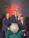 أحداث شهر أبريل 100px-The_Actual_Apollo_13_Prime_Crew_-_GPN-2000-001167